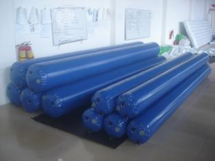 Blue Color Durable Long Inflatable Tube For Water Area