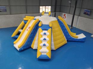 Bouncia Popular Multifunction Inflatable Water Tower For Wake Park