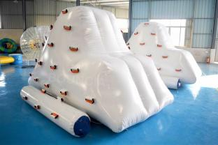 White Color Inflatable Floating Water Iceberg For Pool